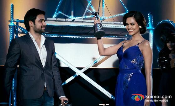 Emraan Hashmi and Esha Guta (Raaz 3 Movie Stills)