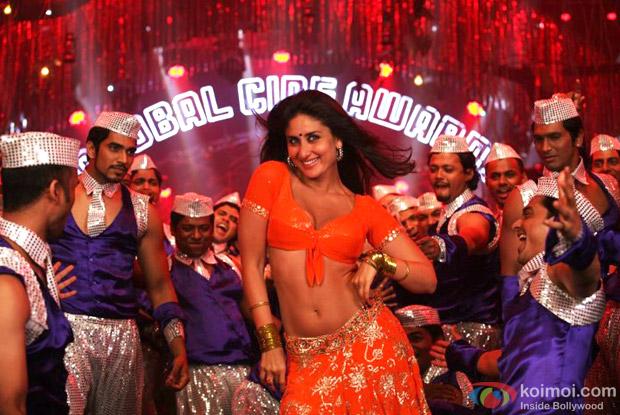 Kareena Kapoor in a Still from Heroine Movie