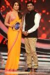 Kareena Kapoor, Madhur Bhandarkar On The Sets Of Indian Idol Season 6 Finale