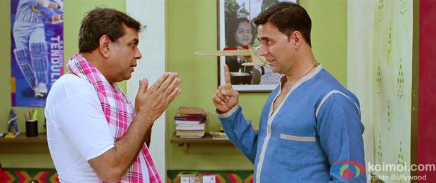 Paresh Rawal and Akshay Kumar in a Still from OMG Oh My God! Movie