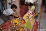 Rajpal Yadav Visits Andheri Ka Raja Ganesha Pic 4