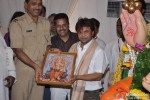 Rajpal Yadav Visits Andheri Ka Raja Ganesha Pic 5