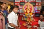 Rajpal Yadav Visits Ganesh Pandal At Oberoi Mall Pic 4