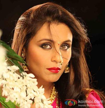 Rani Mukerji in a Song Still from Aiyyaa Movie