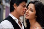 Shah Rukh Khan getting cosy with Katrina Kaif in Jab Tak Hai Jaan Movie Stills