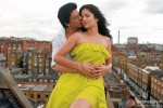 Shah Rukh Khan kissing Katrina Kaif scene in Jab Tak Hai Jaan Movie Stills