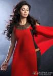 Shreya Ghoshal looks hot in a red dress