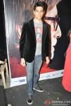Sidharth Malhotra Promoting Student Of The Year Movie On KBC (Kaun Banega Crorepati) Pic 2