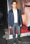 Varun Dhawan Promoting Student Of The Year Movie On KBC (Kaun Banega Crorepati) Pic 2