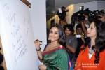 Vidya Balan, Shobhaa De at Viveek Sharma's art Exhibition