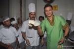 Vivek Oberoi Promoting Kismet (Kismat) Love Paisa Dilli Movie At Pritam Da Dhaba Pic 5