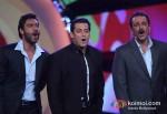 Ajay Devgan And Sanjay Dutt Promoting Son Of Sardaar Movie On The Sets Of Bigg Boss Season 6 With Salman Khan Pic 1