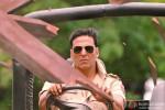 Akshay Kumar crashing through walls in Khiladi 786 Movie Stills
