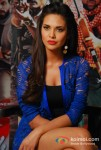 Esha Gupta At Mehboob Studio For Chakravyuh Music Interviews Pic 1
