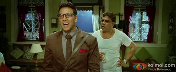 Akshay Kumar and Paresh Rawal in a still from OMG Oh My God! Movie