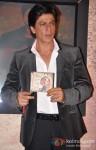 Shah Rukh Khan Launches Jab Tak Hai Jaan Movie Saans Song Pic 9