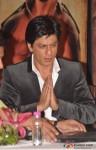 Shah Rukh Khan Launches Jab Tak Hai Jaan Movie Saans Song Pic 8