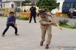 Some 'cricket' time for our tough cop Aamir Khan in Talaash Movie Stills