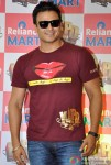 Vivek Oberoi Promoting Kismet Kismat Love Paisa Dilli At Reliance Mart Pic 5