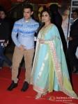 Aamir Khan And Rani Mukerji At Premiere of Talaash Movie Pic 1