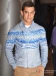 Aamir Khan At Premiere of Talaash Movie Pic 2