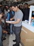 Aamir Khan at 'Talaash - Windows 8' Press Meet Pic 3