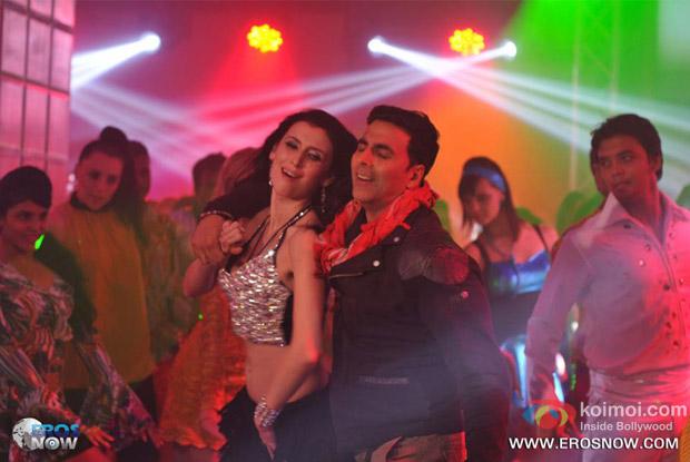 Akshay Kumar in a song in Khiladi 786 Movie Stills