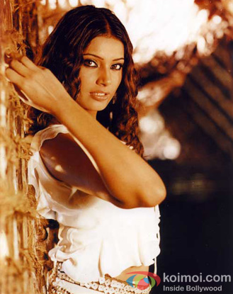 Bipasha Basu in a still from Jism Movie