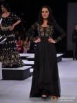 Celina Jaitly Walks The Ramp For Neeta Lulla At Blenders Pride Fashion Tour 2012 Pic 3