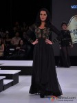 Celina Jaitly Walks The Ramp For Neeta Lulla At Blenders Pride Fashion Tour 2012 Pic 4