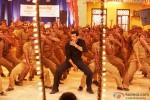 Chulbul Pandey a.k.a Salman Khan dances in 'Pandey Jee Seeti' Song In Dabangg 2 Movie Stills