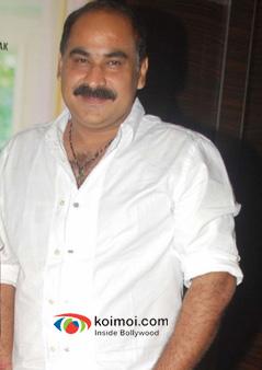 Director Ashwani Dhir Of Son Of Sardaar Movie