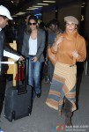 Gauri Khan and Parmeshwar Godrej spotted at the Airport Pic 2