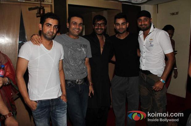 Gautam Gambhir, Virender Sehwag, Ajay Devgan, Virat Kohli And Harbhajan Singh At Special Screening Of Son Of Sardaar