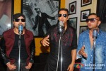 Himesh Reshammiya, Akshay Kumar And Honey Singh Record 'Lonely Remix' Song Pic 6