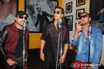 Akshay Kumar, Himesh Reshammiya And Honey Singh Record 'Lonely Remix' Song Pic 2