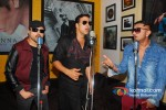 Himesh Reshammiya, Akshay Kumar And Honey Singh Record 'Lonely Remix' Song Pic 3