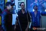 Himesh Reshammiya, Akshay Kumar And Honey Singh Record 'Lonely Remix' Song Pic 4