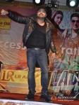 Himesh Reshammiya Promoting Khiladi 786 Movie At Mithibai College