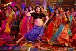 Kareena Kapoor dances crazily in 'Fevicol' song in Dabangg 2 Movie Stills