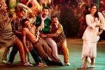 Kareena Kapoor in a still from 'Fevicol' song in Dabangg 2 Movie Stills