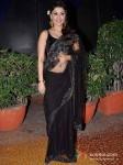 Manjari Fadnis Walk The Ramp At Global Peace Fashion Show Pic 2