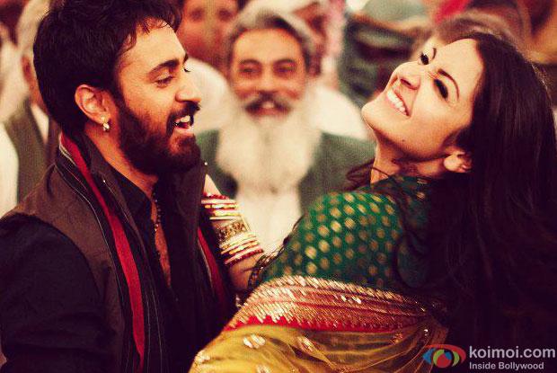 Imran Khan and Anushka Sharma from Matru Ki Bijlee Ka Mandola Movie