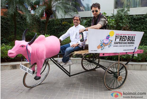 Vishal Bhardwaj and Imran Khan at Matru Ki Bijlee Ka Mandola 1st Red Bull Soap Box Event