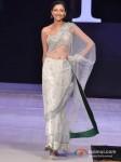 Model Walks For Riyaz Gangji At India Resort Fashion Week 2012 Pic 5