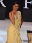 Model Walks For Riyaz Gangji At India Resort Fashion Week 2012 Pic 4