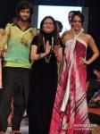 Purab Kohli And Hazel Keech Walk For Gogee Vasant At India Resort Fashion Week 2012 Pic 2