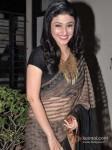 Ragini Khanna Walk The Ramp At Global Peace Fashion Show Pic 3
