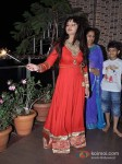 Rakhi Sawant Celebrates Diwali With Family Pic 4