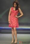 Sagarika Ghatge walk the ramp at Future Lifestyle Fashion Pic 2